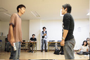 Students practice acting at Actors Clinic